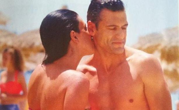 Στέλιος Κρητικός και Κάτια Παπαδοπούλου ερωτευμένοι στην παραλία!