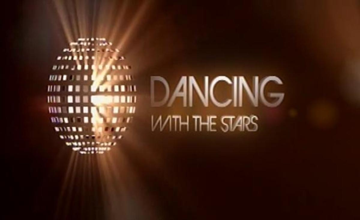zp_34705_Dancing_logo_gold.jpg