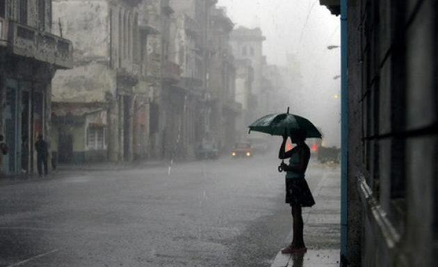 zp_48540_rainwoman_h_645_450.jpg