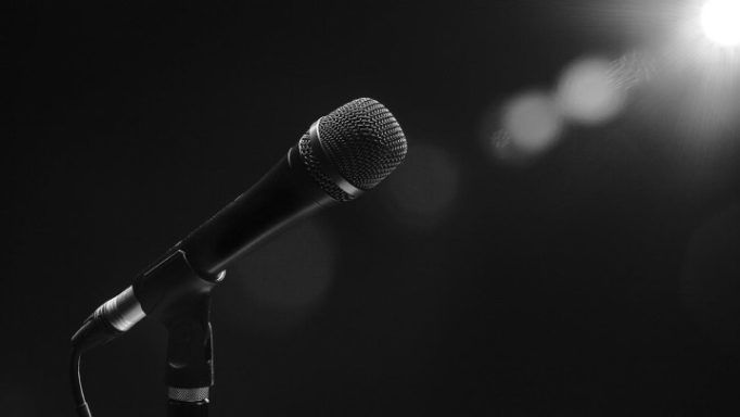 mikrofono2616
