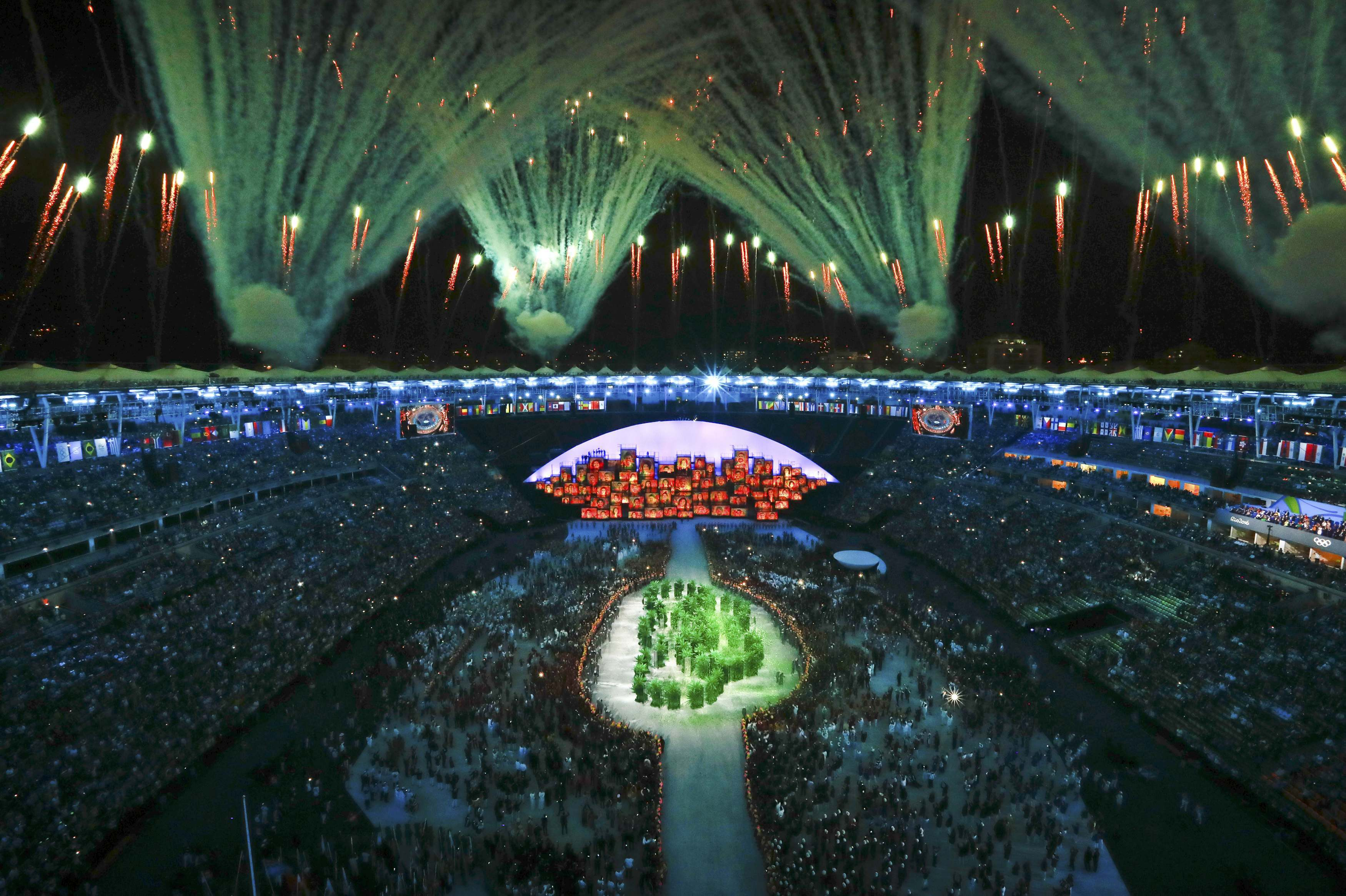 2016 Rio Olympics - Opening ceremony - Maracana - Rio de Janeiro, Brazil - 05/08/2016. Fireworks explode during the opening ceremony    REUTERS/Pawel Kopczynski FOR EDITORIAL USE ONLY. NOT FOR SALE FOR MARKETING OR ADVERTISING CAMPAIGNS.