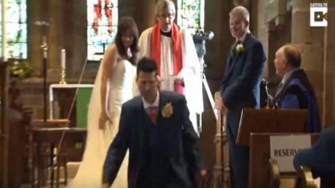 e96c7b479ad2 Ο ιερέας ήταν έτοιμος να αρχίσει το μυστήριο του γάμου και ο γαμπρός έφυγε  τρέχοντας από την εκκλησία!