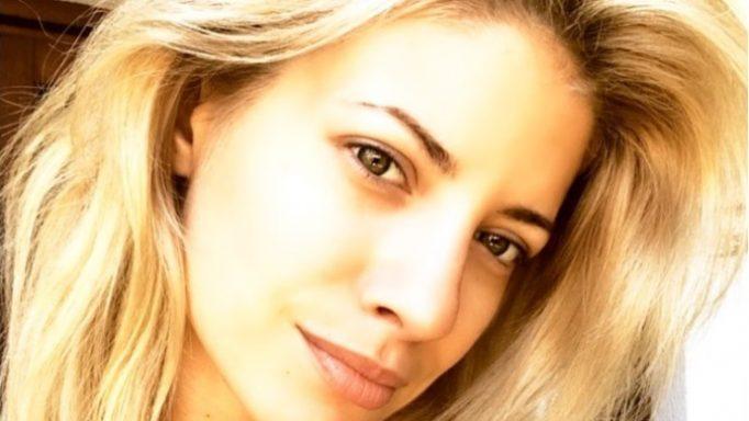 Ευαγγελία Αραβανή: Συγκινεί με το μήνυμα και τη φωτογραφία με τον πατέρα της