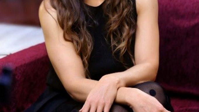 «Στα 12 μου με παρενόχλησε σεξουαλικά οικογενειακός φίλος»