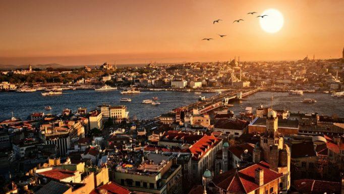 «Έχω κάνει σχέση με μουσουλμάνα, με την συμπρωταγωνίστριά μου στην Τουρκία»