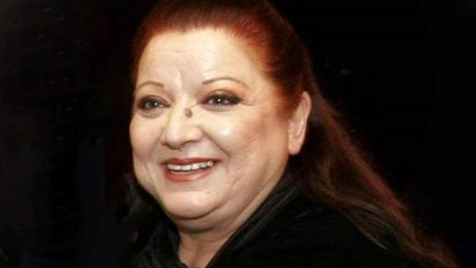 Τζέσυ Παπουτσή
