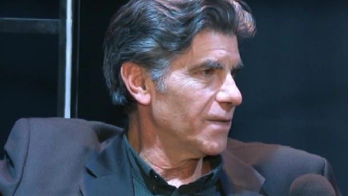 Γιάννης Μπέζος