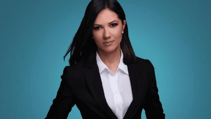 Στέλλα Γκαντωνά